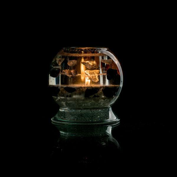 Svícen bílý křišťál,šungit a9 kamenů ve tmě